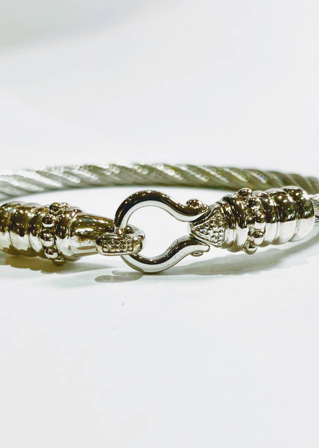 Sterling Silver Bracelet With Diamonds