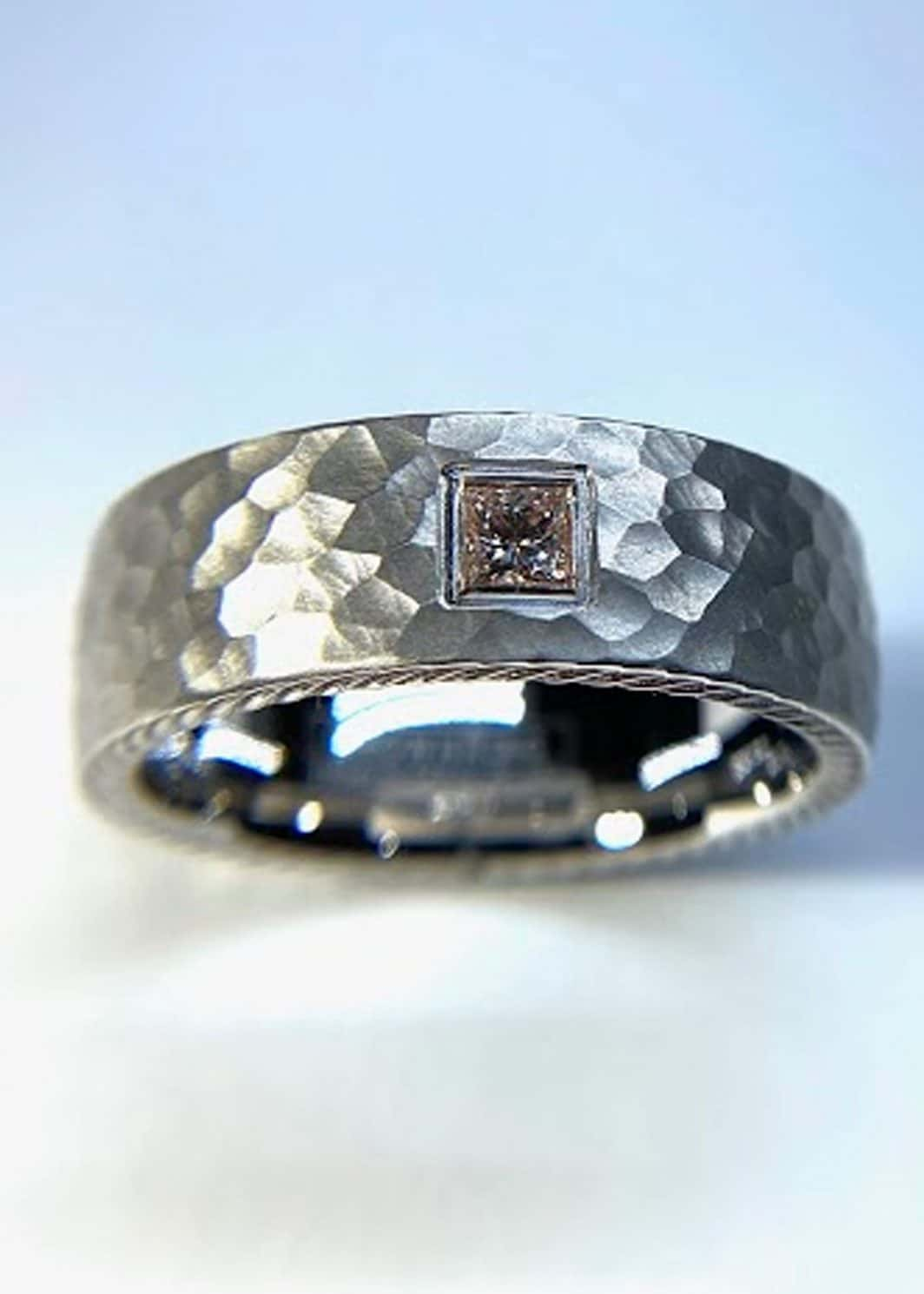 Gents Contemporary Hammered Ring