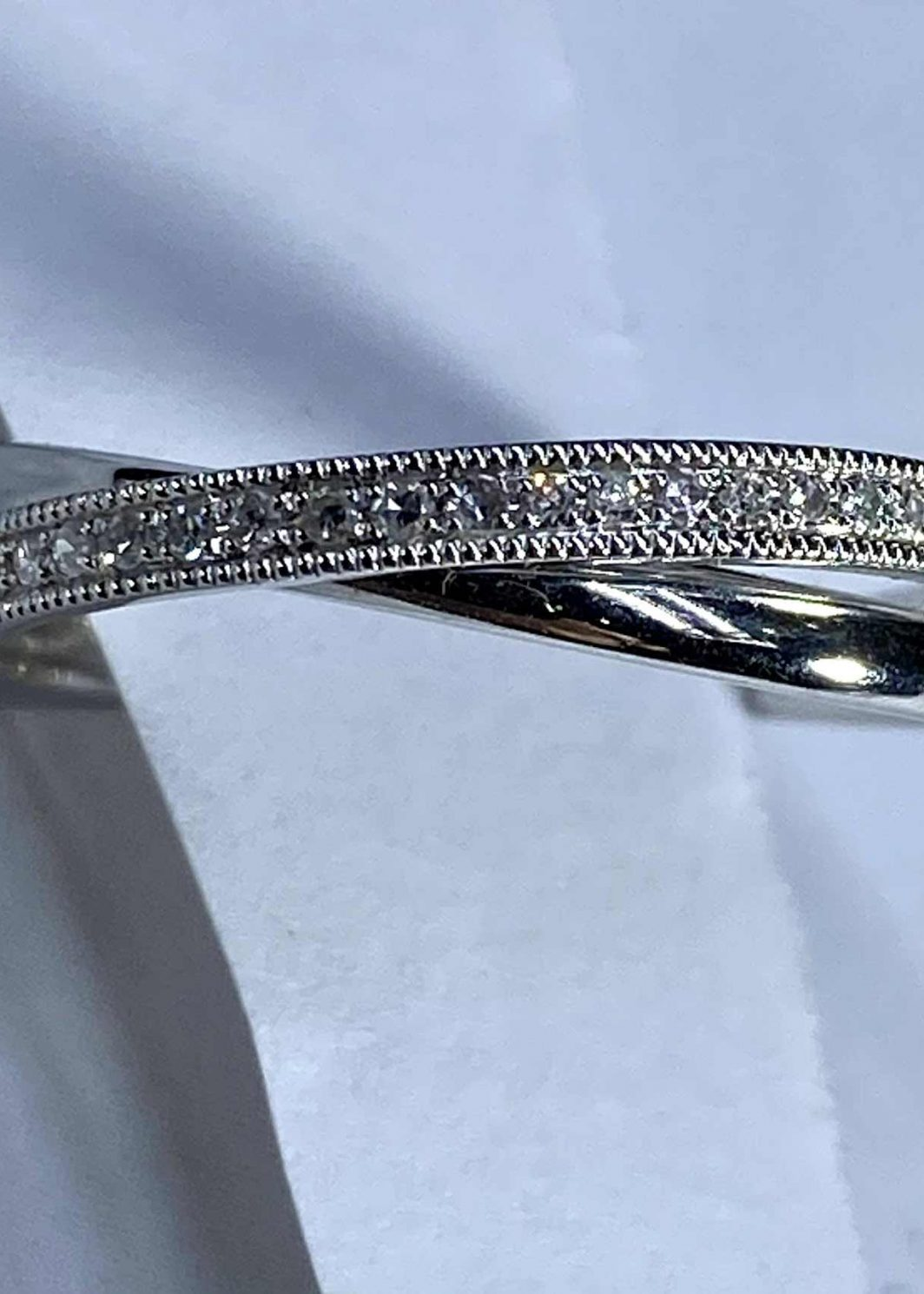 14K White Gold Diamond Band (107-317)